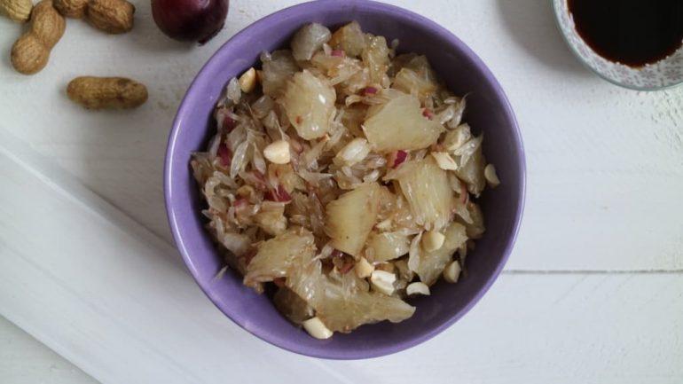 Pomelosalat mit Erdnüssen