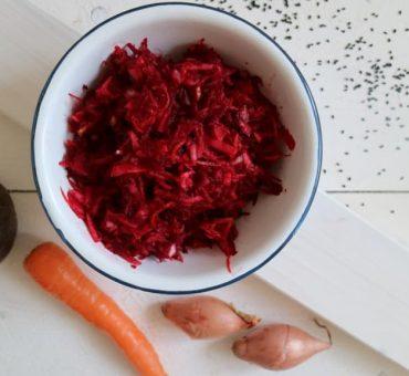 Rote-Beete-Rohkost mit Nigella