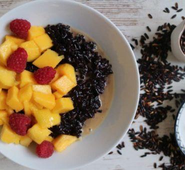Black Sticky Rice – Schwarzer Klebreis mit Mango