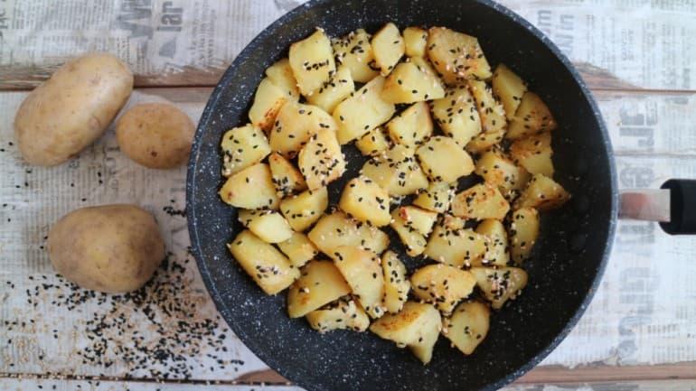 Rezept für Knusprige Sesamkartoffeln