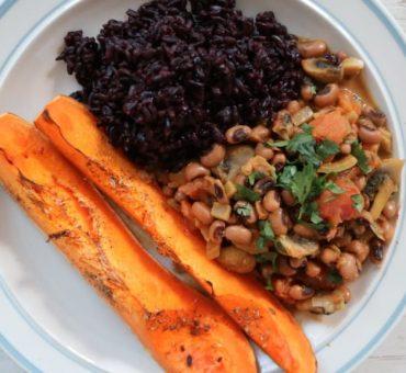 Schwarzer Reis mit Augenbohnen-Curry & Butternut