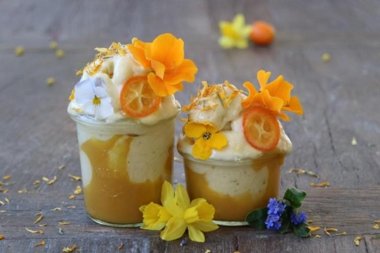 Ananas Nicecream mit Mangopüree
