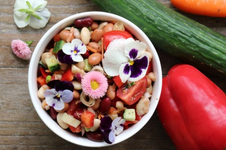 Bunter Bohnen-Salat
